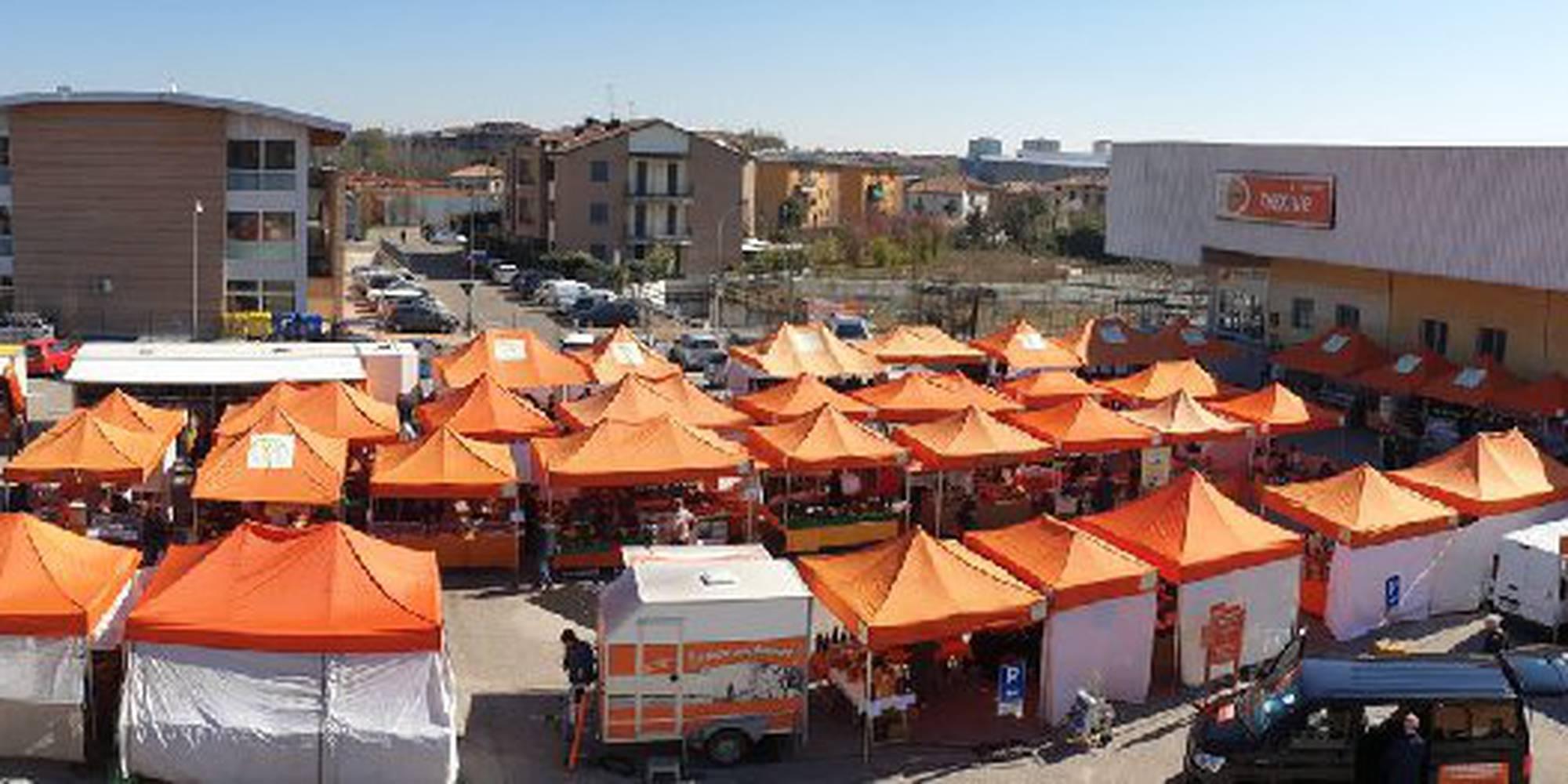mercato_dall_alto.jpg