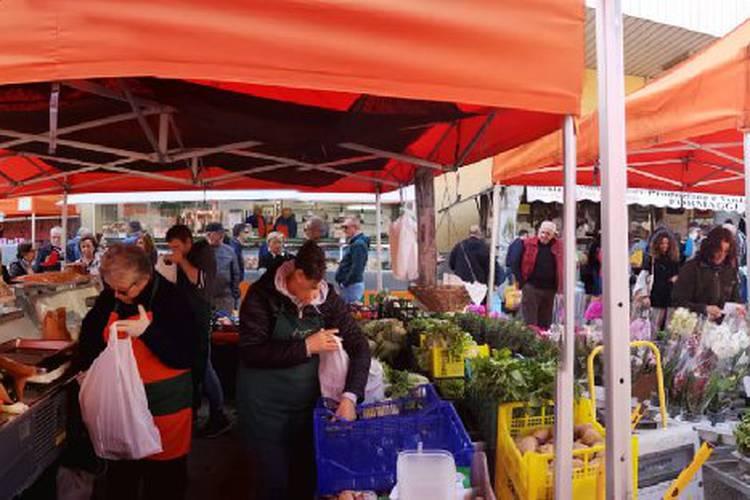 panoramica_mercato.jpg